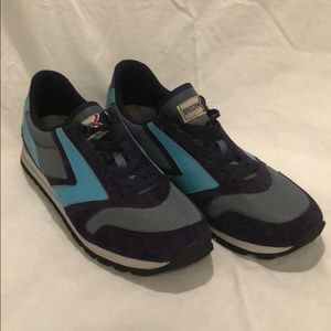 Brooks Chariot Classic Retro Running Shoes